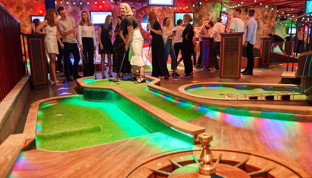 crazy golf christmas party venue