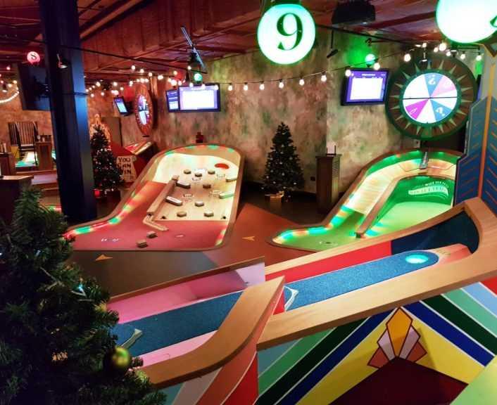 Puttshack indoor minigolf at Westfield London 121218 10